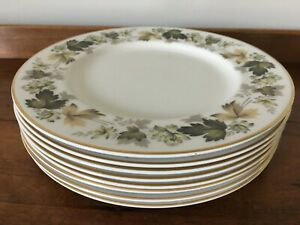Set of 8 Royal Doulton Larchmont Dinner Plates