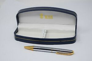 Bill Blass Executive Pen w Case Excellent MINT