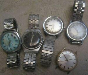 5 vintage Timex Quartz men's Watches Electric & Dynabeat models