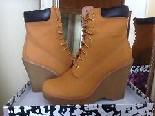 Jeffrey Campbell Baylor Wheat Leather Lace Up Womens Wedge Boot 9.5M MSRP $195