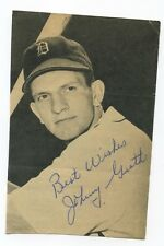 Autographed Photo of Tigers Johnny Groth