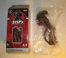 "Super 7 ReAction Alien Blind Box 4.5"" Space Dust Xenomorph Brown Vinyl Figure"