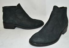 $390 EIEEN FISHER Tuck Textured LEATHER Siped Almond Toe Bootie GREY 7.5 (M14)