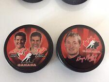 McDonald`s Team Canada Wayne Gretzky Lemiuex Niedermayer 2002 Hockey Pucks