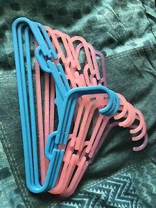 9 Kids Hangers
