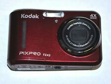 KODAK PIXPRO FZ43 DIGITAL CAMERA IN CARRY CASE NICE FROM COLLECTION