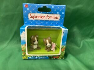 Sylvanian Families Hound Dog Twins - Flair 2003 Brand New In Box