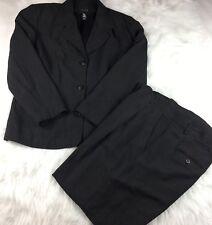 LIMITED LONDON PARIS NEW YORK Gray 2 PC Pants Suit Button Front Blazer Size 10