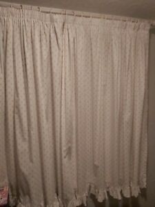 PAIR OF VINTAGE 1980'S LAURA ASHLEY CURTAINS - 55 X 77 INCHES