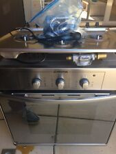 Ariston electric oven and gas cooktop