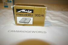 NEW  Metz Mecablitz medium format camera bracket