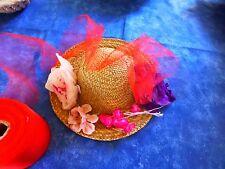 chapeau paille poupée , fleurs  ,mercerie ancienne ,parme ,rosées +ruban voile