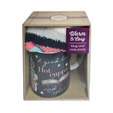 Chaud et Confortable mug et chaussettes Ensemble Cadeau Hot Cuppa livre lecture Café Cadeau Hiver