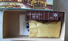 Vintage Ho Scale Athearn Pennsylvania 34 ft Ribbed Hopper Car Kit in Box 5445