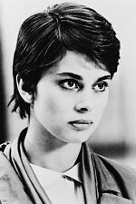 Nastassja Kinski As Irena Gallier Cat People 11x17 Mini Poster Short Black Hair