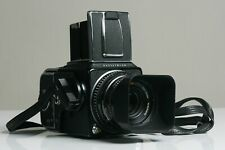 HASSELBLAD 500 CM WITH A12 FILMBACK,STRAP AND 80mm PLANAR C,COMPLEET !!