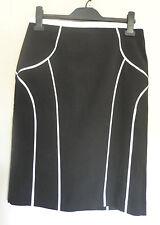 MARKS & SPENCER (UK12 / EU40) BLACK AND WHITE FULLY-LINED PENCIL SKIRT