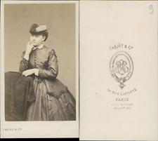 Carjat, Paris, jeune femme au chapeau Vintage albumen print CDV Tirage albumin
