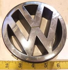 VW GRILL EMBLEM / DECAL #1J5 853 601 A {814}