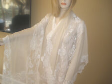 NEW $2K STUNNING VALENTINO LARGE IVORY LACE AND CASHMERE FRENCH LACE SHAWL/WRAP