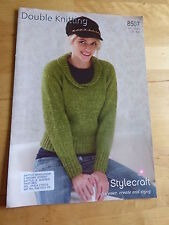 """Knitting Pattern for Woman's Sweater, Scoop Neck, Rib Collar,  d.k. 32-42"""" bust"""