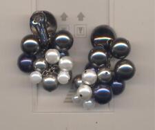 Faux Pearl Cluster earrings Oscar De La Renta