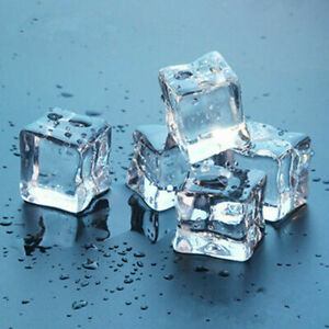 30x Acrylic Ice Cubes Fake Artificial Crystal 2.5cm Square Clear Display Party
