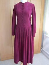 Laura Ashley Vintage Vestido, 100% algodón needlecord, Talla 12, Borgoña, Hermoso