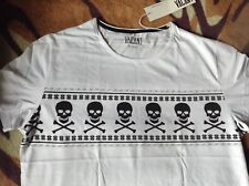 Christmas Jumper Style Skull 'n Crossbones White T-Shirt Pirate Vacant Clothing