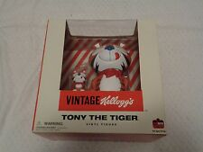 Dark Horse Deluxe Kelloggs Tony the Tiger Vinyl Figure Kellogg's