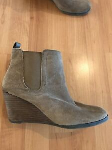 LUCKY BRAND Yezzah Sand Suede Wedge Ankle Boot Booties -Size 10