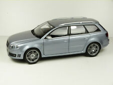 AUDI RS 4 AVANT, 1:18, silber – OVP  MINICHAMP AUDI COLLECTION