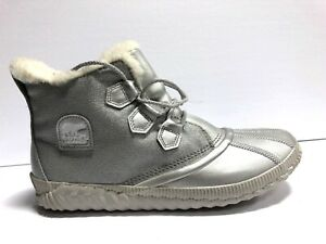 Sorel Out N About Plus Womens Winter Bootie 12 M