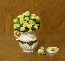 "Boyds Treasure Boxes #82552 MOM'S BOUQUET w ROSIE McNIBBLE, 3.25"" Tall"