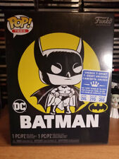 Funko Pop 270 Batman's First Appearance 80 Years Walmart Exclusive With Tee XXL