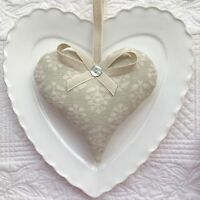 1 SUSIE WATSON DOVE GREY SPRIG COTTON Lavender Filled Fabric Heart