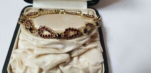 älteres Granat Armband , Silber vergoldet, Hasenkopf Punze