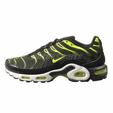 Nike Air Max Plus Black Size 10 US Mens Athletic Running Shoes Sneakers