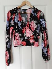Nwot Gorgeous New Look Black Floral Crossover Crinkle Top size 12 !!