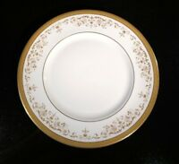 A Beautiful Royal Doulton Belmont Dinner Plate