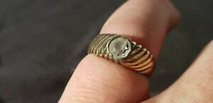 Exquisite stunning Tudor ring with cut white glass. A must read description L97u