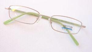 Brille Brillenfassung schmale Form rechteckig silber matt grün leicht Größe M
