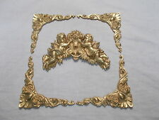 MIRROR FRAME OR PICTURE FRAME ORNATE CORNERS AND CHERUBS ANTIQUE GOLD