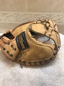 "Wilson Hal Smith USA A2575 32"" Baseball Softball Catchers Mitt Right Hand Throw"