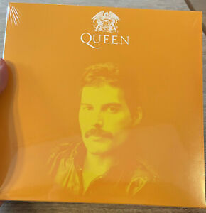 """Queen The Greatest Pop Up Store Carnaby 7"""" Yellow Vinyl Freddie Mercury Numbered"""