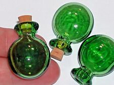 1pc Green Round Glass essential oil perfume ashes Bottle cork pendant charm NEW*