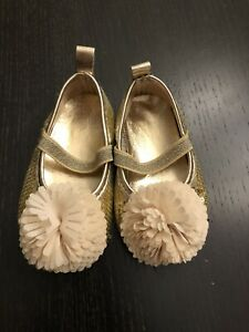 NEW Biscotti Gold Sequins Pom Pom Holiday Baby Girl Dressy Shoes 9-12 Mo Size 4