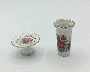 Dolls House Reutter Vase And Cake Stand