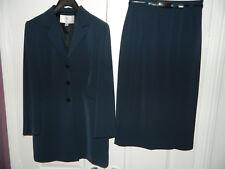 Ladies Navy 2 Piece Formal Suit Size 12 Impeccable Condition