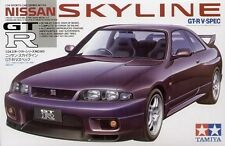 Tamiya 24145 1/24 Scale Model Sports Car Kit Nissan Skyline GT-R R33 V-Spec